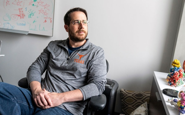 Jason McLellan, a structural biologist at the University of Texas at Austin, on March 31, 2021 in Austin, Texas. His research on coronavirus spike proteins aided the development of the Pfizer, Moderna, Johnson & Johnson and Novavax vaccines. (Ilana Panich-Linsman/The New York Times)