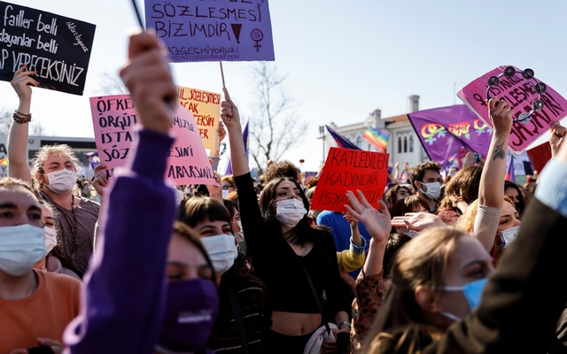 Activists attend a gathering to protest against Turkey's withdrawal from Istanbul Convention, an international accord designed to protect women, in Istanbul, Turkey Mar 27, 2021. REUTERS/FILE