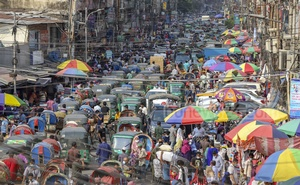 Traffic was heavy in Dhaka's New Market area despite an ongoing coronavirus-induced lockdown in the country, Apr 9, 2021. Photo: Asif Mahmud Ove