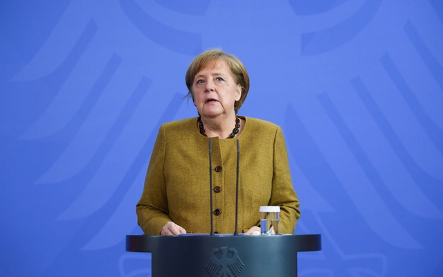 German Chancellor Angela Merkel gives a statement, amid the coronavirus disease (COVID-19) outbreak, in Berlin, Germany, April 13, 2021. REUTERS