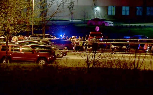 Eight people shot and killed in Indianapolis FedEx shooting