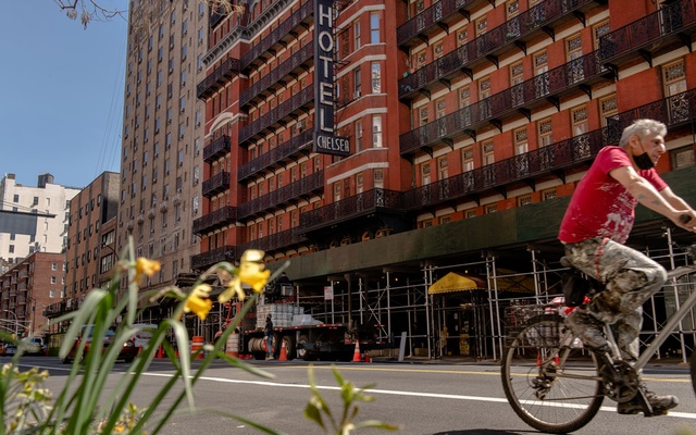 For the past decade, the residence hotel on West 23rd Street, a New York character unto itself, has been suspended in a dreary state of endless construction, with a rotating cast of developers struggling to spin this oddity into an upscale boutique hotel. The New York Times