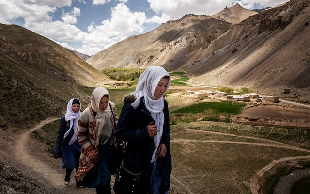 Students walk home from school in Yakawlang, Afghanistan, May 19, 2019. The New York Times