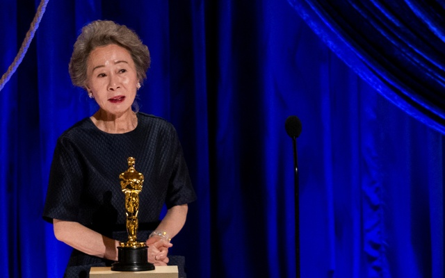Yuh-Jung Youn accepts the Oscar for Actress in a Supporting Role during the live ABC Telecast of The 93rd Oscars in Los Angeles, California, US, Apr 25, 2021. REUTERS
