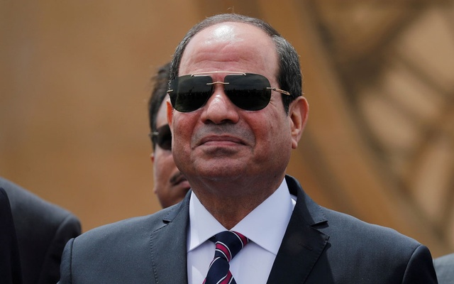 Egyptian President Abdel Fattah al-Sisi attends the opening ceremony of floating bridges and tunnel projects executed under the Suez Canal in Ismailia, Egypt May 5, 2019. REUTERS