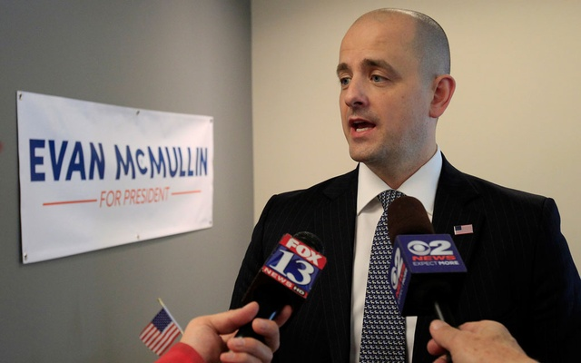 Third party candidate Evan McMullin, an independent, talks to the press as he campaigns in Salt Lake City, Utah, October 12, 2016. REUTERS