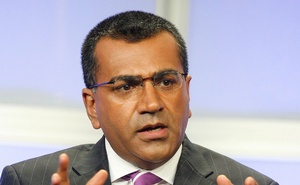 Martin Bashir, one of the anchors of the ABC news program 'Nightline', takes part in a panel discussion at the ABC television network Summer press tour for television critics in Beverly Hills, California July 26, 2007. Reuters