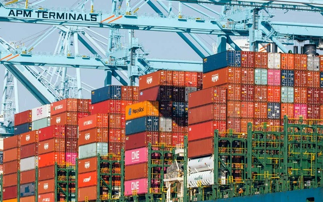 Shipping containers aboard a cargo ship at the Port of Los Angeles on Feb 24, 2021. Shipping companies have played a crucial role in Just in Time manufacturing by effectively shrinking the expanse of oceans. (Coley Brown/The New York Time
