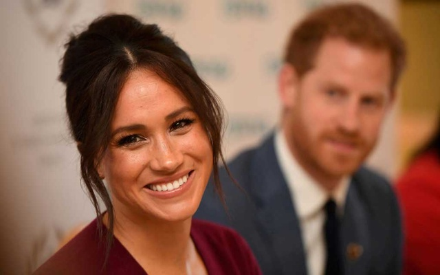 Britain's Meghan, the Duchess of Sussex, and Prince Harry, Duke of Sussex, attend a roundtable discussion on gender equality at Windsor Castle, Windsor, Britain October 25, 2019. Jeremy Selwyn/Pool via Reuters