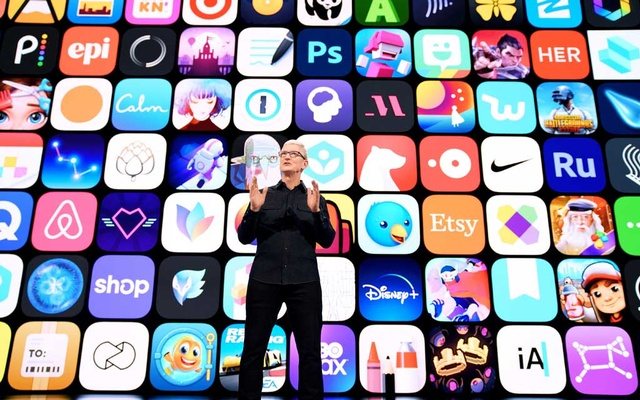 Apple CEO Tim Cook speaks during Apple's Worldwide Developers Conference at Apple Park in Cupertino, California, US, June 7, 2021. Brooks Kraft/Apple Inc/Handout via REUTERS