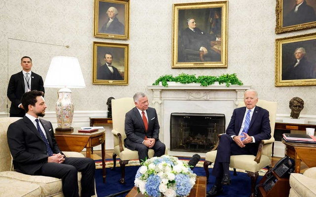 US President Joe Biden meets with Jordan's King Abdullah II and Crown Prince Hussein bin Abdullah II in the Oval Office at the White House in Washington, US July 19, 2021. REUTERS/Jonathan Ernst