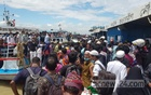 Eid holidaymakers crowd Shimulia ferry port as they begin journey back to Dhaka
