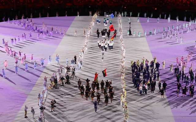 General view during the athlete's parade during the opening ceremony. Tokyo 2020 Olympics - The Tokyo 2020 Olympics Opening Ceremony - Olympic Stadium, Tokyo, Japan - July 23, 2021. Reuters