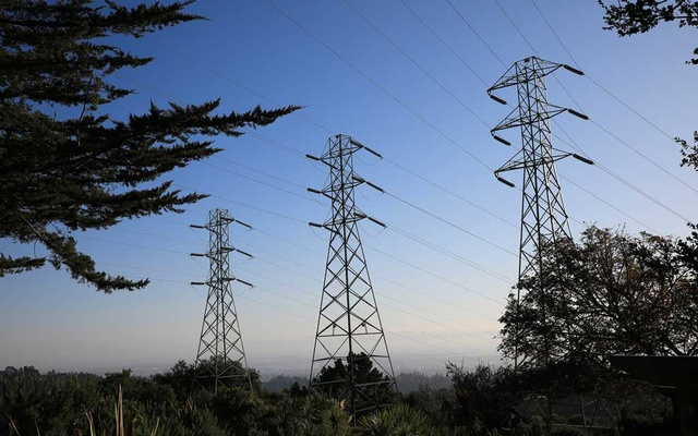 Power lines in Oakland, Calif., Oct. 14, 2019. The sprawling, $1 trillion bill that the Senate took up on Monday, Aug. 2, 2021 — a 2,702-page bipartisan deal that is the product of months of negotiating and years of pent-up ambitions to repair the nation's crumbling infrastructure — would amount to the most substantial government expenditure on the aging public works system since 2009. (Jim Wilson/The New York Times)