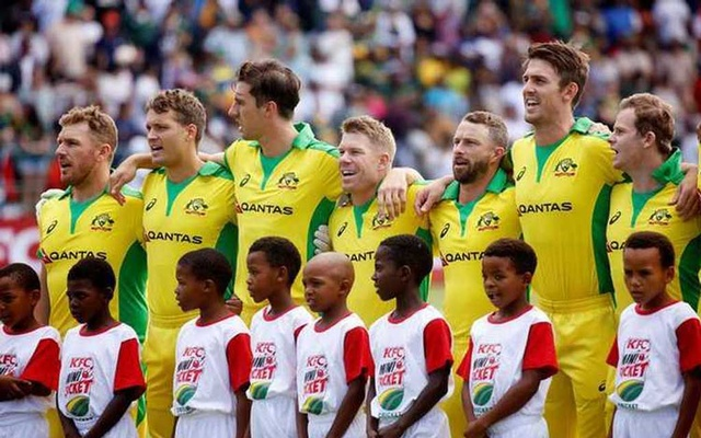 Cricket - South Africa v Australia - Second T20 - St George's Park, Port Elizabeth, South Africa - February 23, 2020 General view of the Australia team lined up during their national anthem before the match. Reuters/Rogan Ward