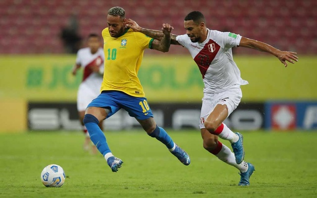 Brazil's Neymar in action with Peru's Alexander Callens in South American Qualifiers. Brazil, September 9, 2021 REUTERS