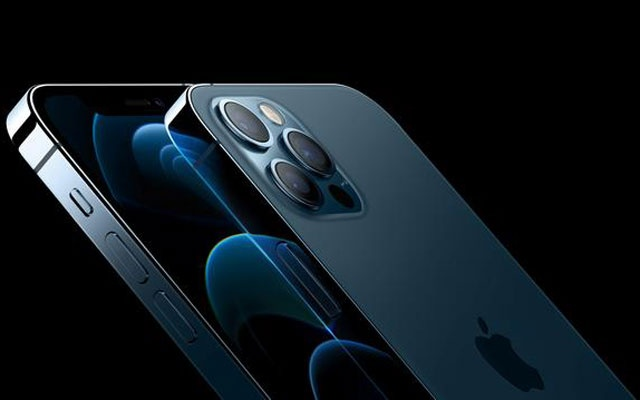Apple's iPhone 12 Pro and iPhone 12 Pro Max are seen in an illustration released in Cupertino, California, US October 13, 2020. Apple Inc./Handout via REUTERS
