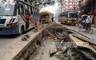 A service company has dug out a section in the middle of DIT Road in the Chowdhurypara area of Dhaka's Malibagh for renovation work, causing traffic congestion in the area, as seen in this photo taken on Thursday, September 16, 2021. Photo: Kazi Salahuddin Razu