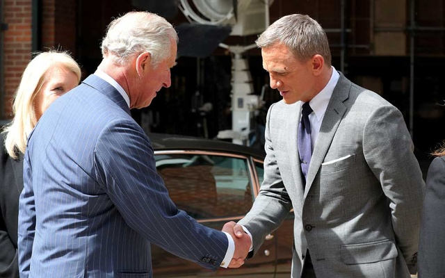 Britain's Prince Charles meets with British actor Daniel Craig as he tours the set of the 25th James Bond Film at Pinewood Studios in Iver Heath, Buckinghamshire, Britain June 20, 2019. Chris Jackson/Pool via REUTERS