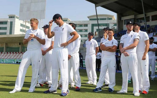FILE PHOTO: Cricket - Pakistan v England - Third Test - Sharjah Cricket Stadium, United Arab Emirates - 5/11/15/ England's Alastair Cook and team mates look dejected at the end/ Action Images via Reuters / Jason O'Brien/File Photo
