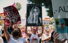 Britney Spears supporters gather outside the Stanley Mosk Courthouse in Los Angeles on Wednesday, Jul 14, 2021, where the case had its first hearing since the singer denounced her conservatorship in June. Bethany Mollenkof/The New York Times