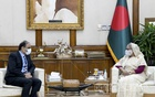 High Commissioner of Pakistan Imran Ahmed Siddiqui pays a courtesy visit to Prime Minister Sheikh Hasina at Ganabhaban on Monday, Oct 25, 2021. Photo: PMO